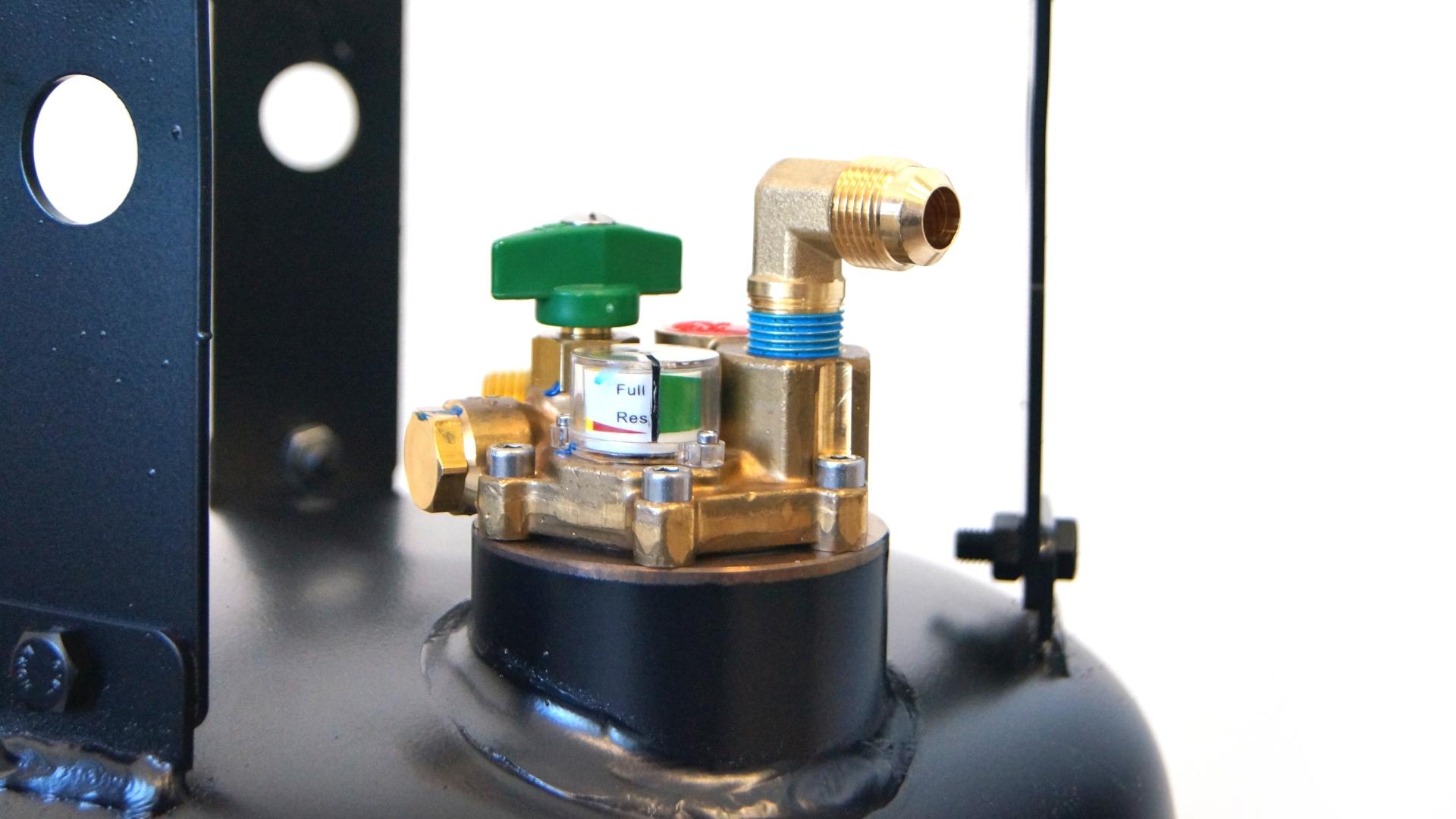 Газова бутилка 30 литра с клапан за спиране на пълненето на 80%